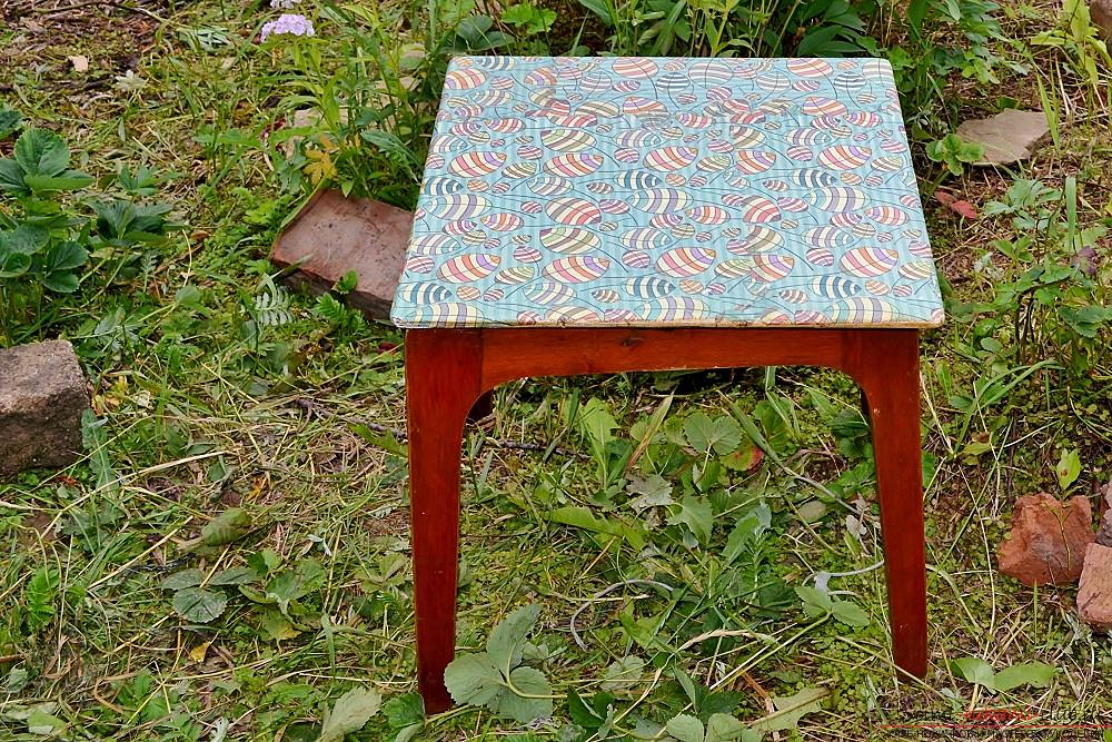 This master class with photo and description will show the technique of decoupage of country furniture - stools. Picture №17