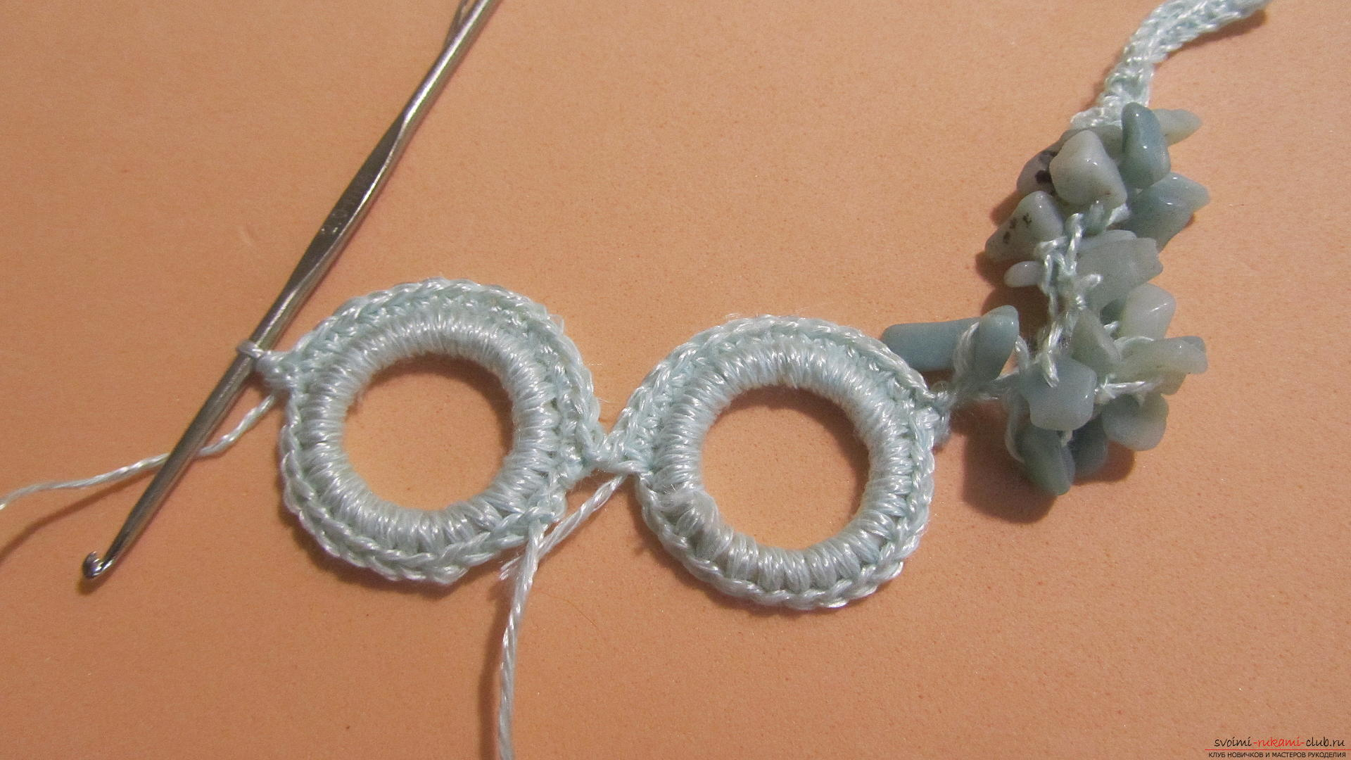 This master class will teach you how to make jewelry yourself, a homemade necklace can be crocheted. Photo # 24