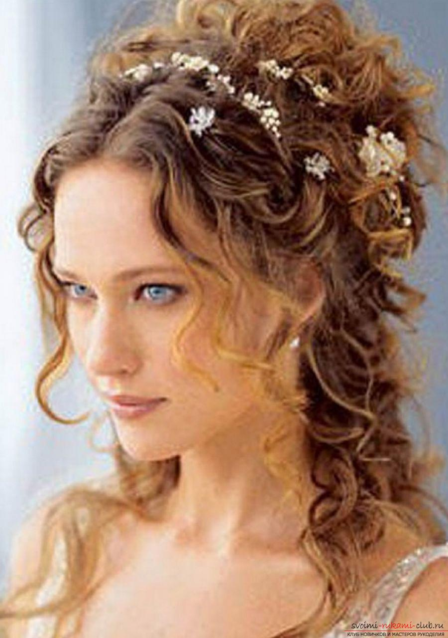 Photo gallery of wedding hairstyles for hair of different length. Photo №5