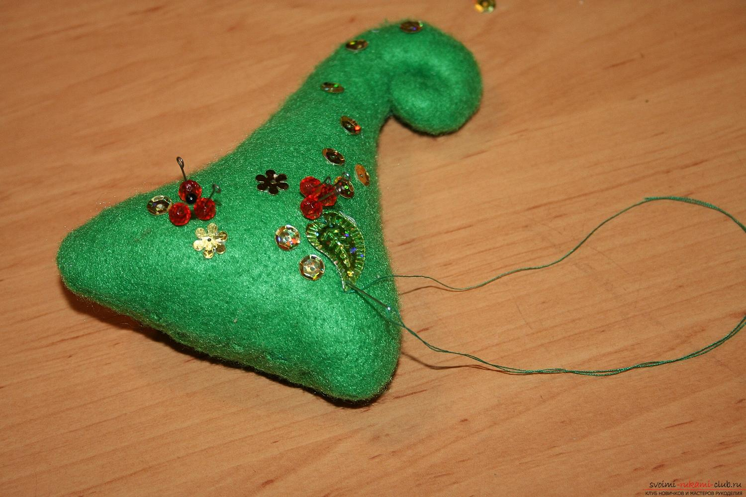 Master class with a photo of the hand-made Christmas tree will teach you how to make it yourself. Photo №13