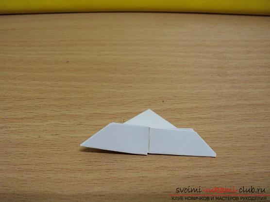 Origami New Year's grandfather frost - how to make jewelry yourself ?. Picture №3