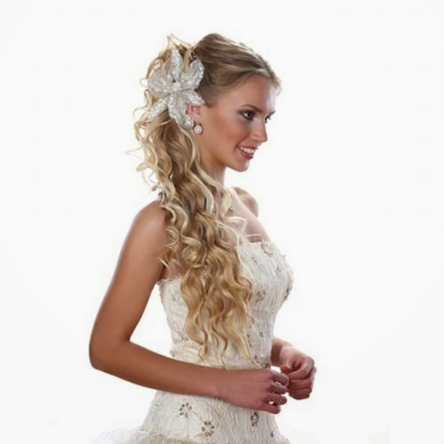 Basic nuances that you should know when making a wedding hairstyle