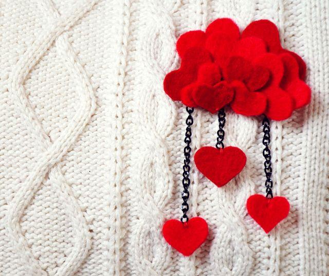 брошка - фуркет под формата на сърца със собствените си ръце