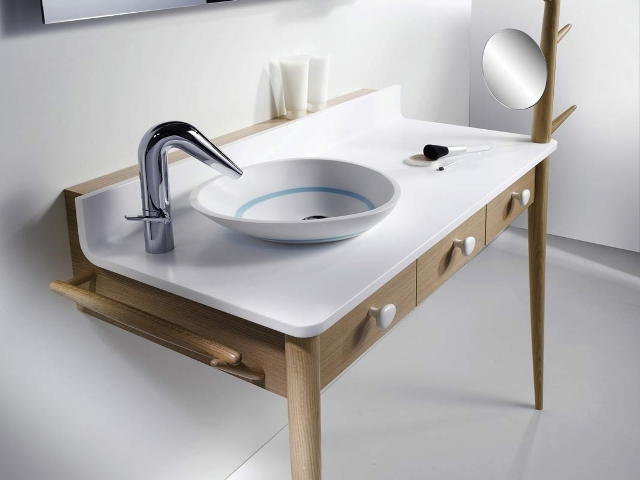 Table with built-in sink, Delpha