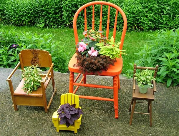 flower stands from old chairs