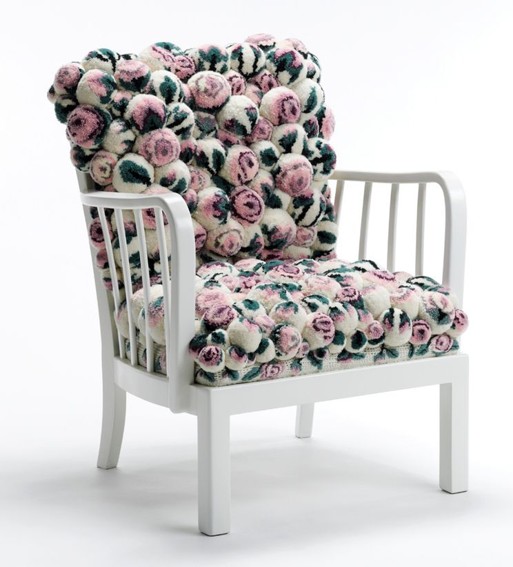 chair from pompons MYK