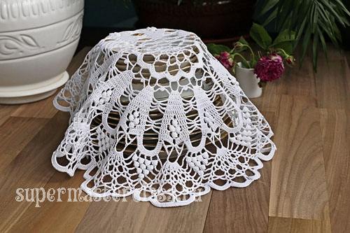 Crochet round napkins with diagrams