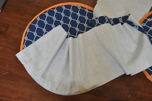 round pouffe with handle-8