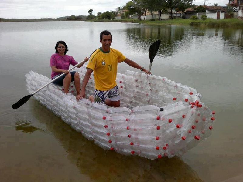 A boat of plastic bottles with your own hands