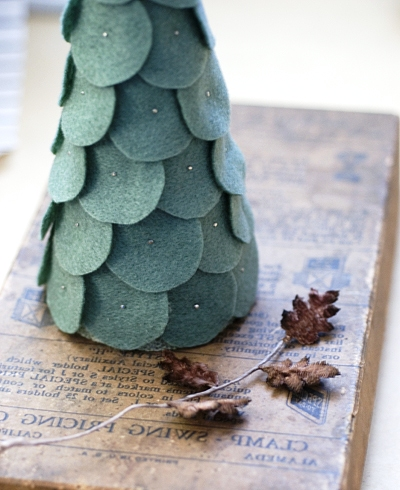 Christmas trees made of fabric