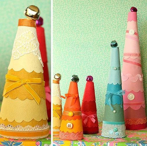 decorative Christmas trees made of fabric