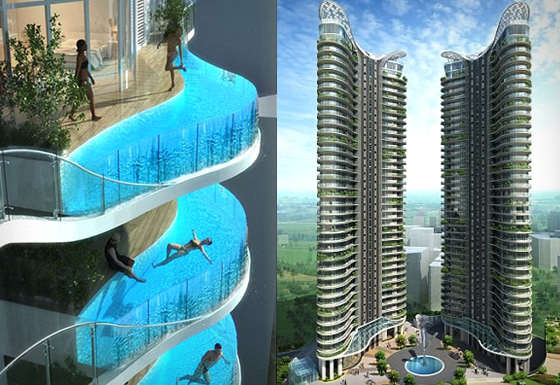 The pool-balcony appeared for the first time in a hotel complex in Mumbai