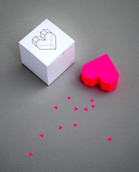 three-dimensional heart in the form of a box
