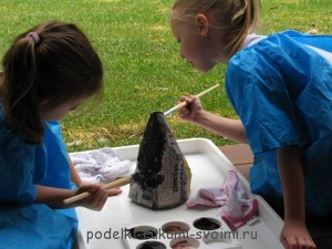 Experiments for children. How to make a volcano.