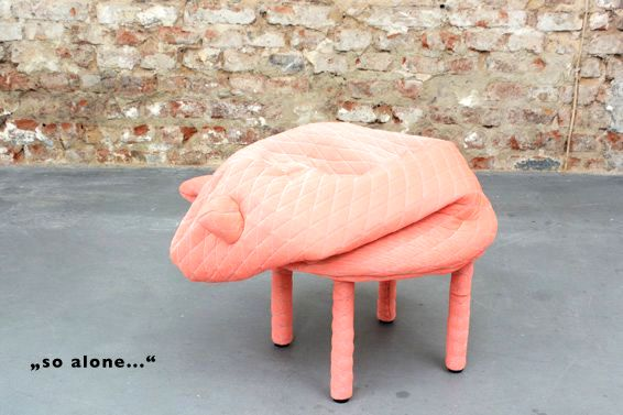 Baby stool in the form of a pink pig