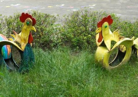 Tire Roosters