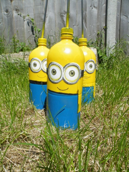 Funny minions from plastic bottles