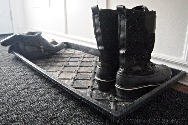 pallet for shoes with river shingle 02