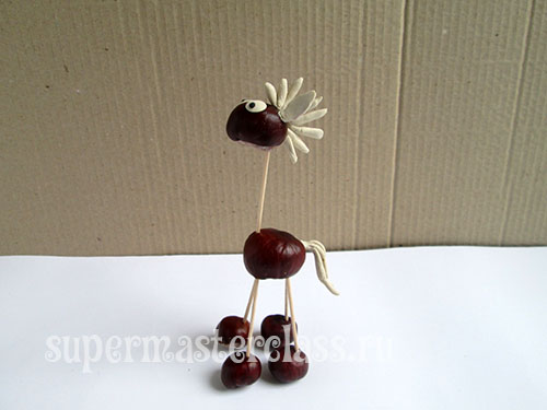 DIY horse chestnut for kindergarten