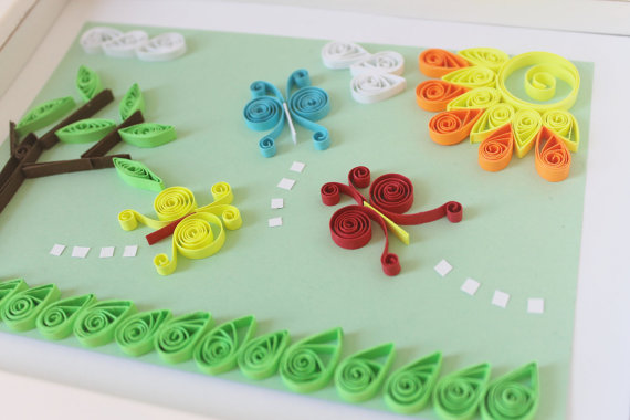 Crafts from quilling for children. Ideas, postcards, flowers.