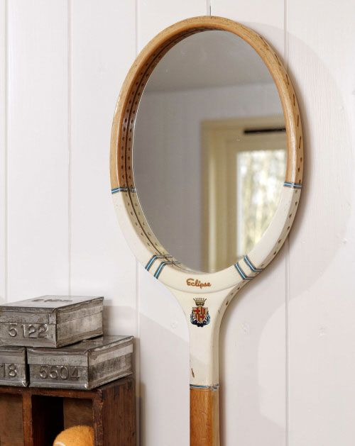 crafts from rackets - a mirror from a racket