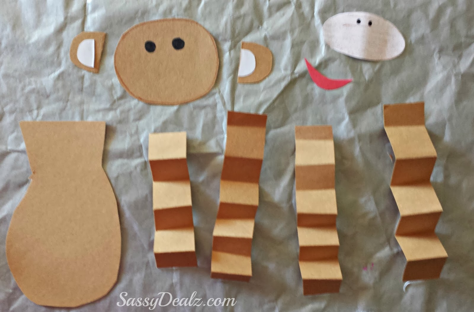 Crafts with the symbol 2016 year of the fiery monkey (15)