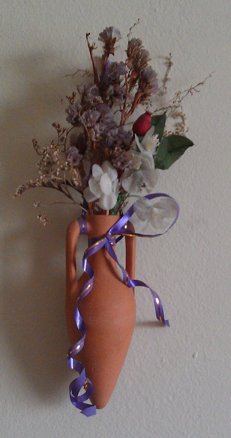 Dry bouquet in a jug for room decoration