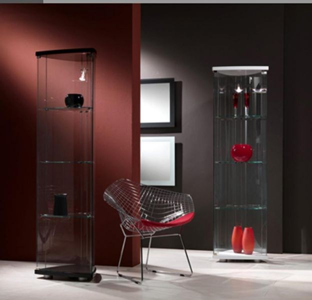 Transparent glass furniture in the interior