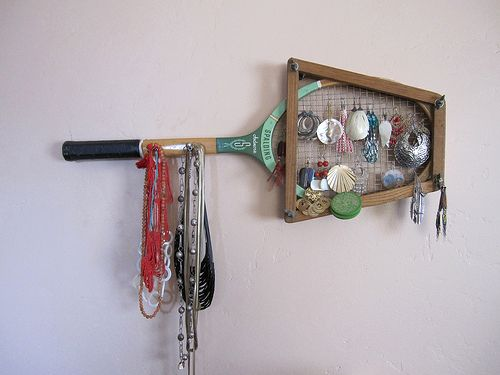 Hanger on the wall for earrings and jewelry