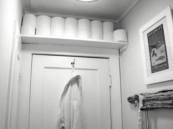 storage of things in the bathroom above the door