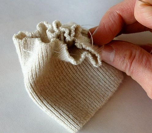 u cushions of old sweaters with their own hands