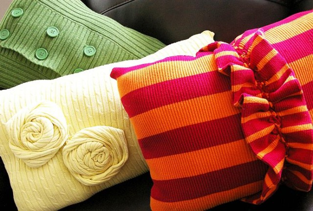pillowcases with your own hands from old sweaters of bright colors