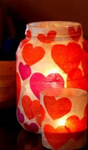 Verras je geliefde handen. Decor voor Valentijnsdag.