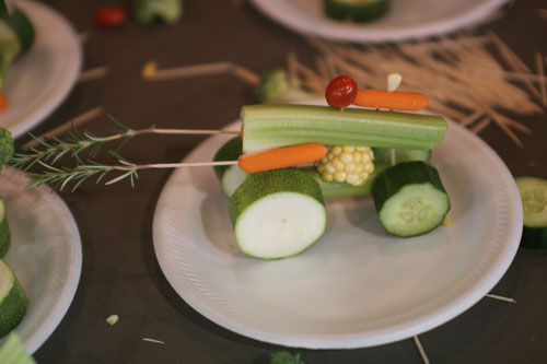 60+ new ideas from vegetables and fruits. Crafts for the exhibition in kindergarten.