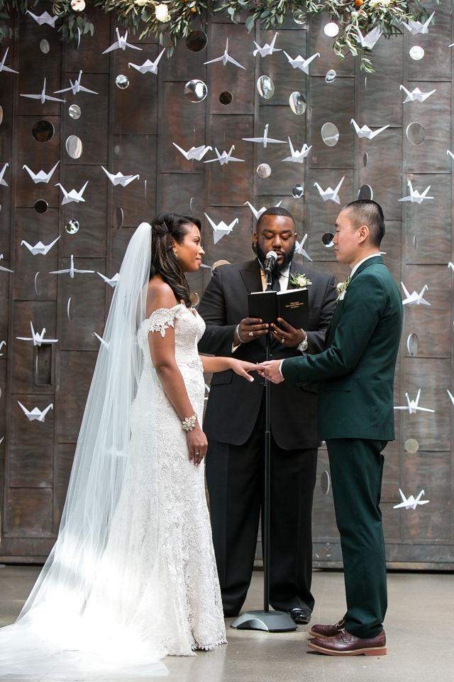 ТОП ФОТО. Як красиво прикрасити весілля своїми руками.