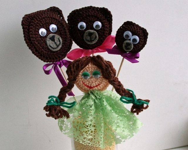 Dolls for Fairy Tales Three Bears Knitted Step 2