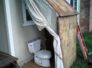Toilet in the open air.