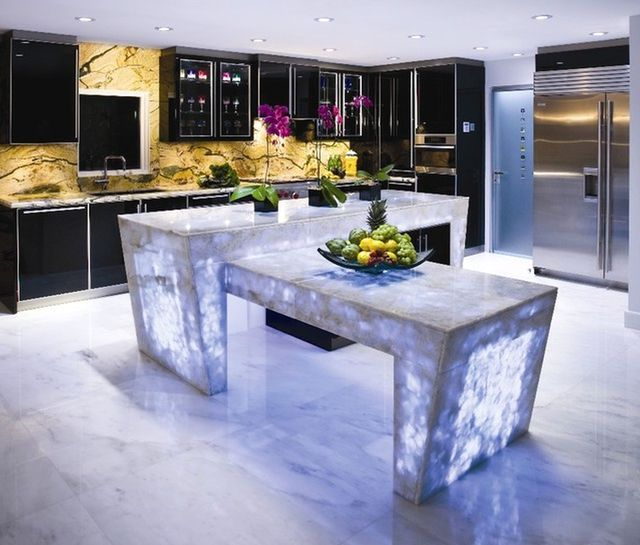 kitchen countertops in quartz with lighting