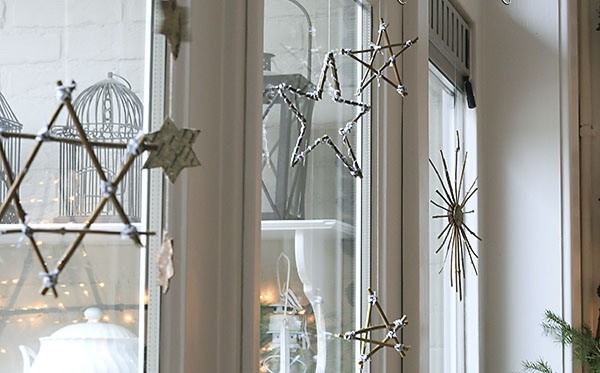 DIY Christmas stars from twigs