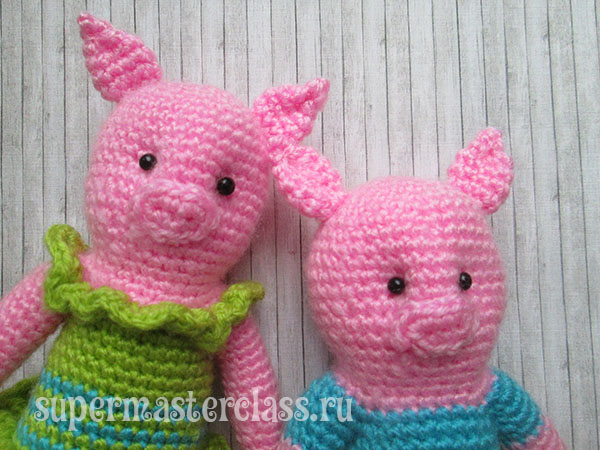 Crochet piglets with schemes