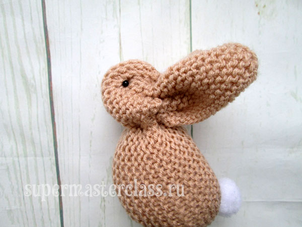 Hare from the square knitting needles