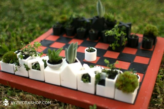 chess pieces - flower pots
