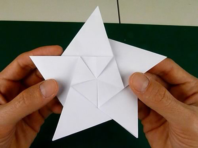 Origami :Modular 5 Pointed Star - YouTube | 480x640
